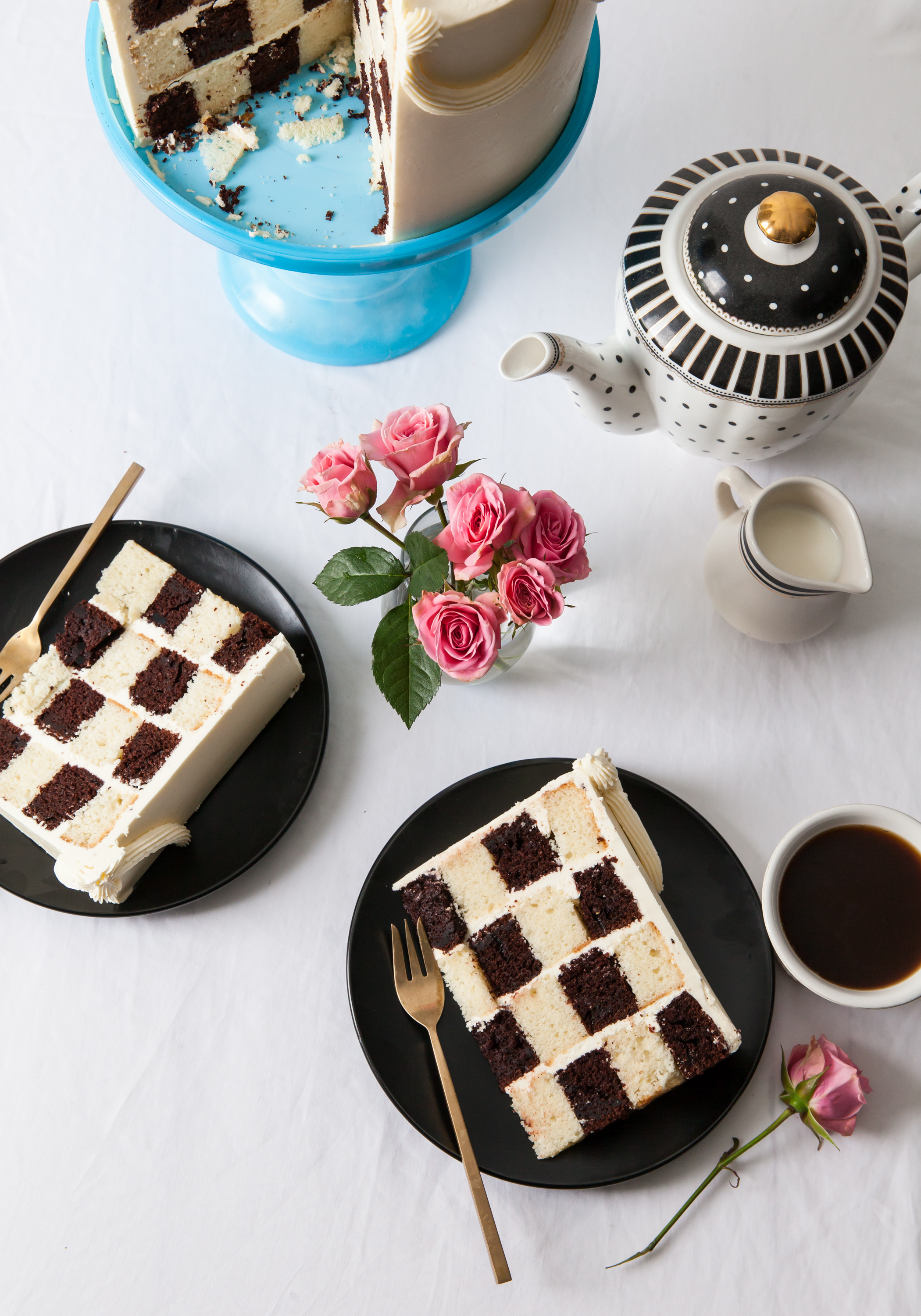 IcingOnTheCake_CheckerboardCake.jpg