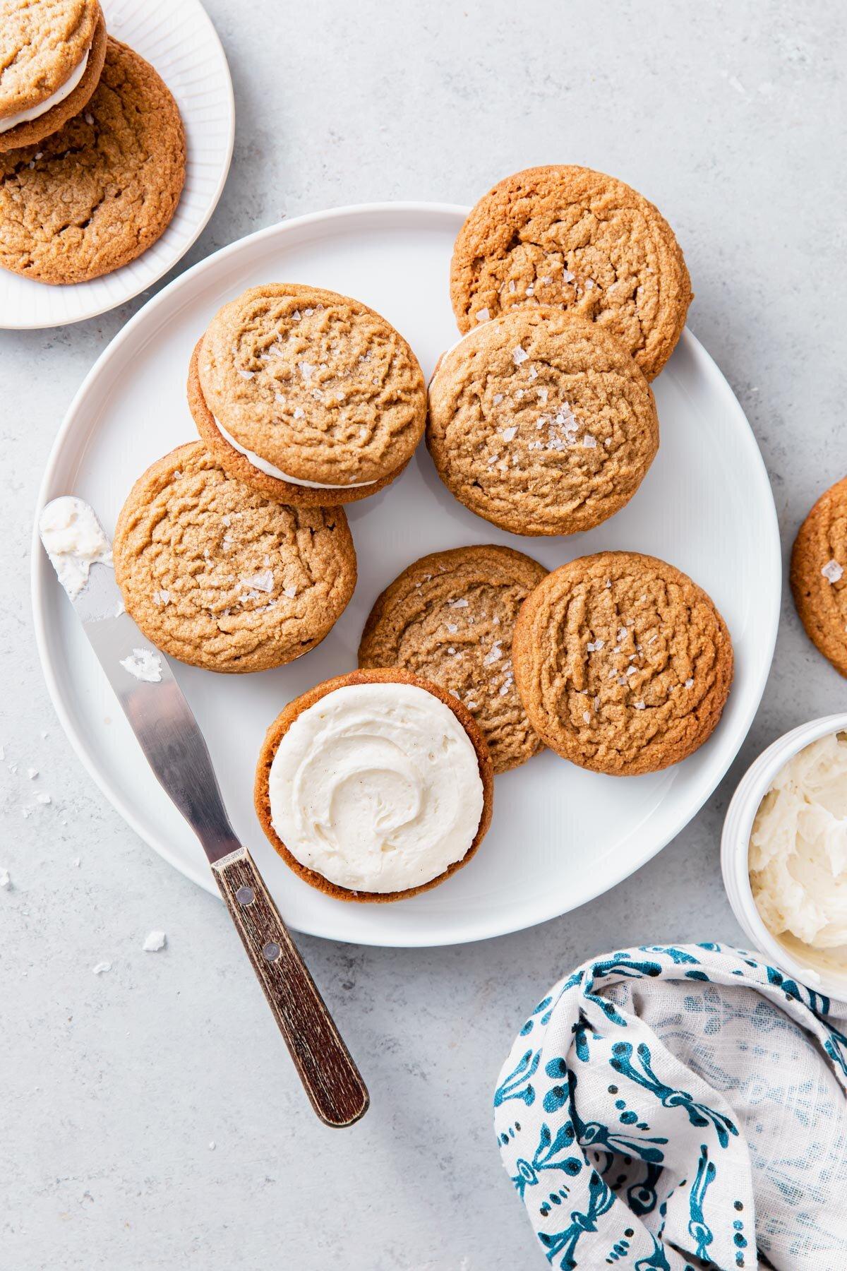 Flourless Peanut Butter Sandwich Cookies