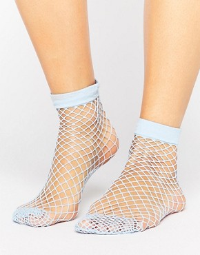 Fishnet Socks 1.jpg