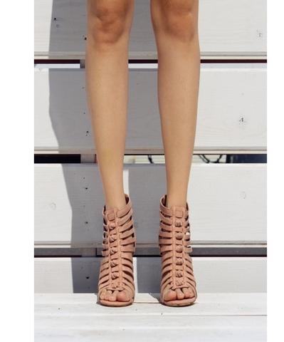 blush heels.png