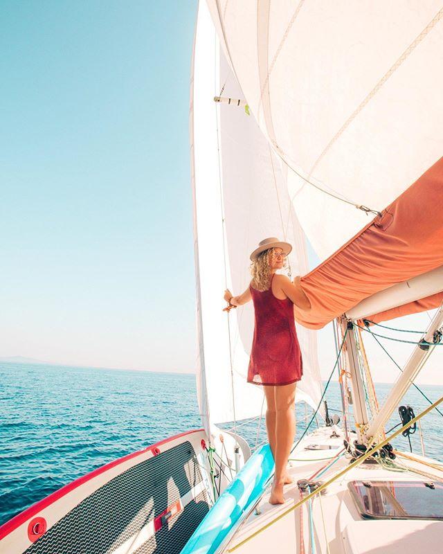 Welcome to my floating office💦 shooting, sailing & island hopping . . . . . #sailing #croatia #summer  #beautifuldestinations #ig_travel #lensbible #portraitvision #travelstoke #adventureculture  #exploretocreate #roamtheplanet #portraitgames #canon #aroundtheworld #passionpassport #theimaged