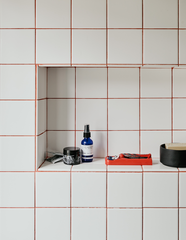 bathroomdetail177673.jpg