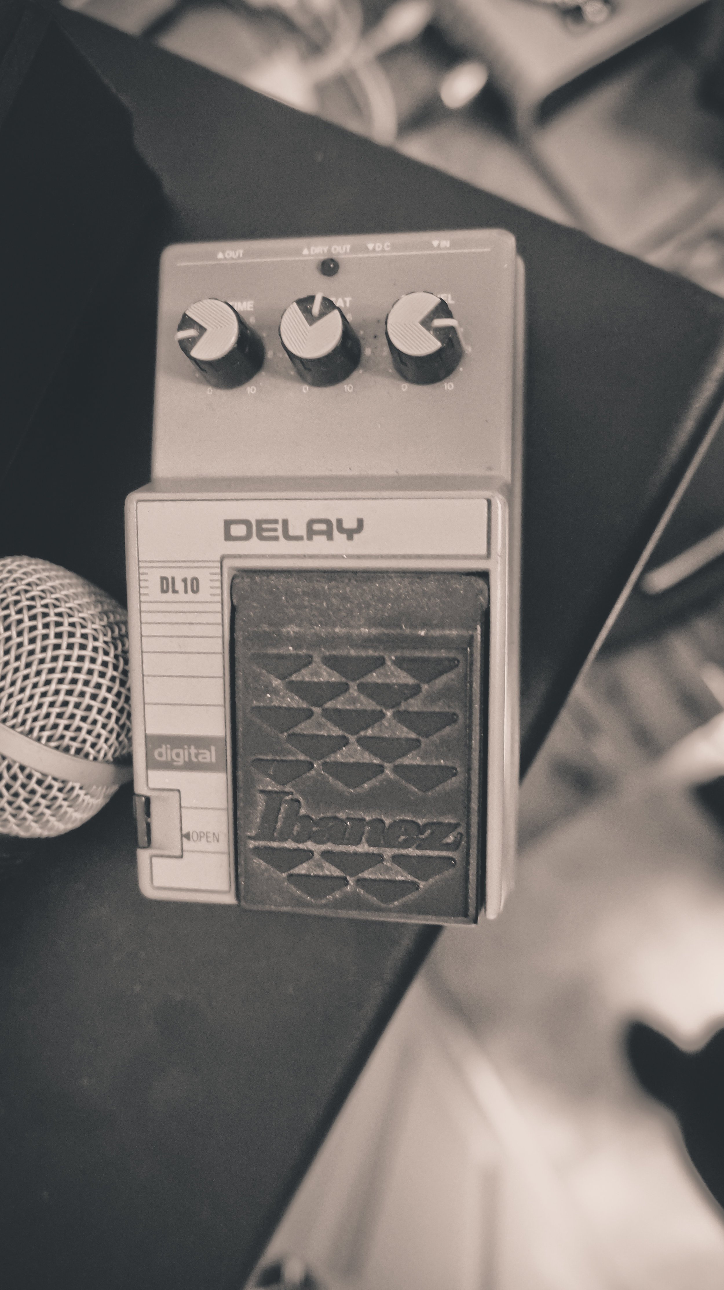 IMUR delay pedal