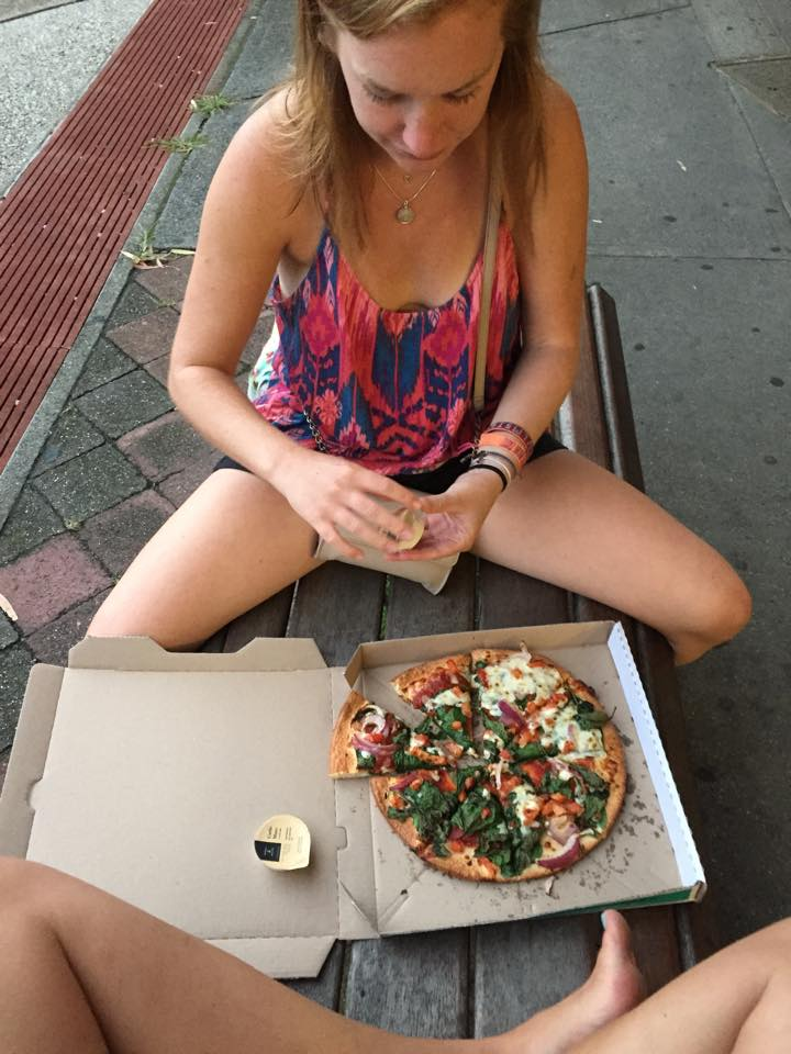 $6 Dominos Pizza