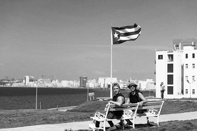 @mariamrivc y @javitorey77  En el hotel nacional de Cuba.  #nikon #d810 #cuba #travelphotography #havana #blackandwhitephotography #sea #photooftheday #picoftheday #instagood