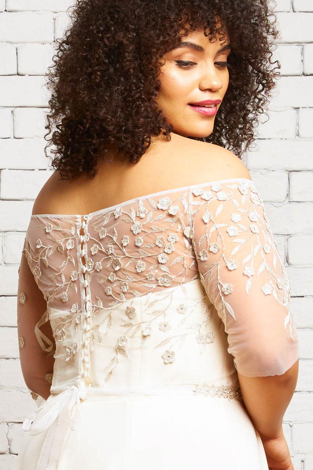 36B. Hazel-Back 2-Rebecca Schoneveld-Silver_Embroidery_Unique_Bridal_Style.jpg