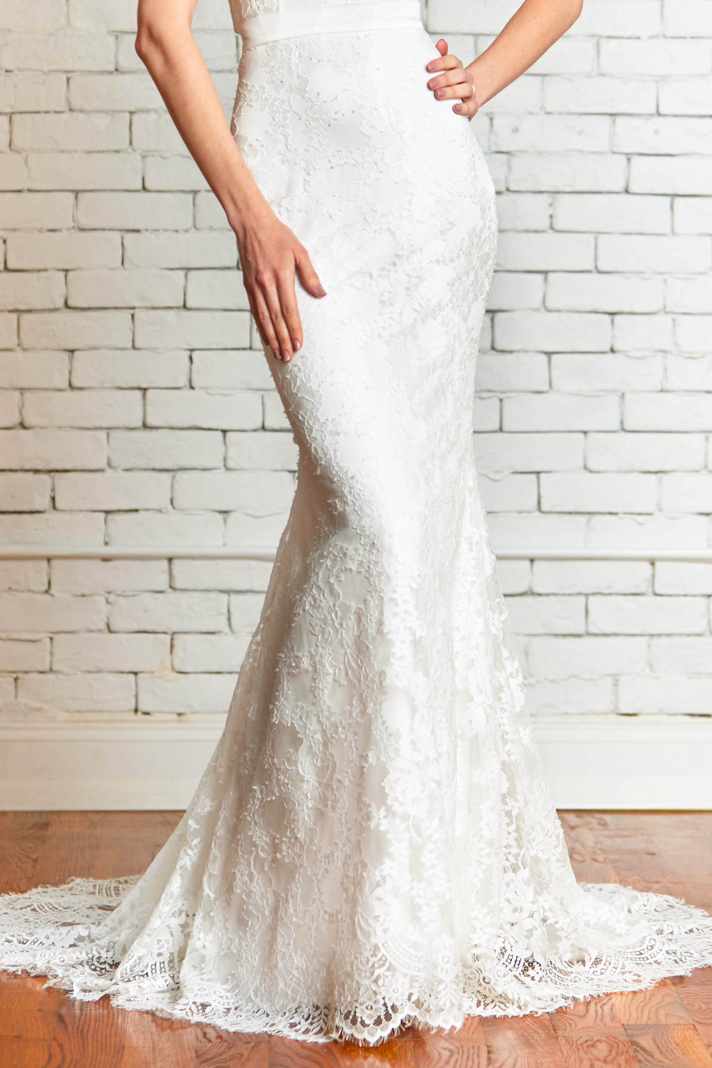 Hope-front_Lace_Mermaid_Fitted_skirt_Modern.jpg