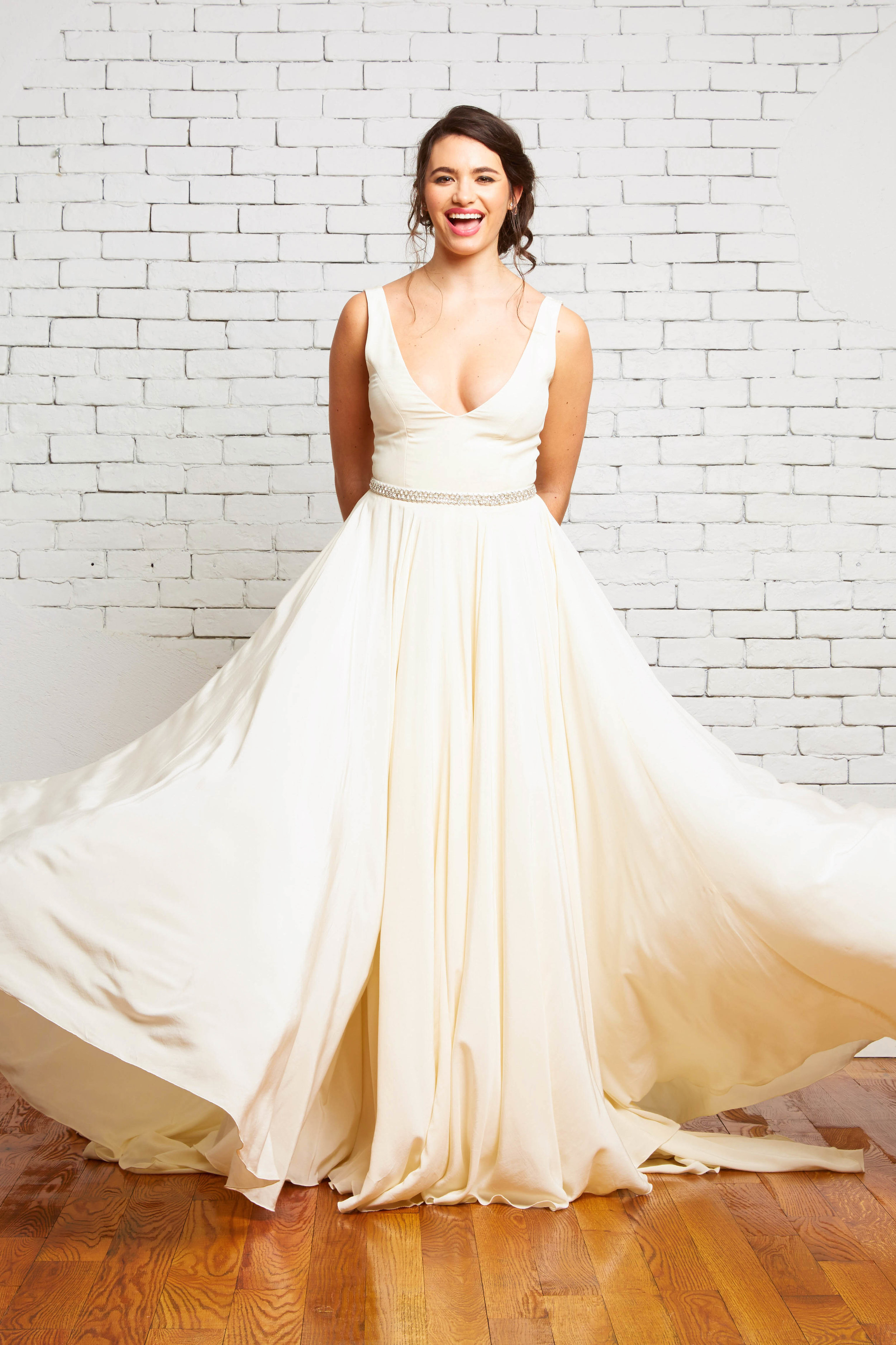 11A. Hudson Front 2-Rebecca Schoneveld-2-75_deep_vneck_simple_bohemian_aline_gown.jpg