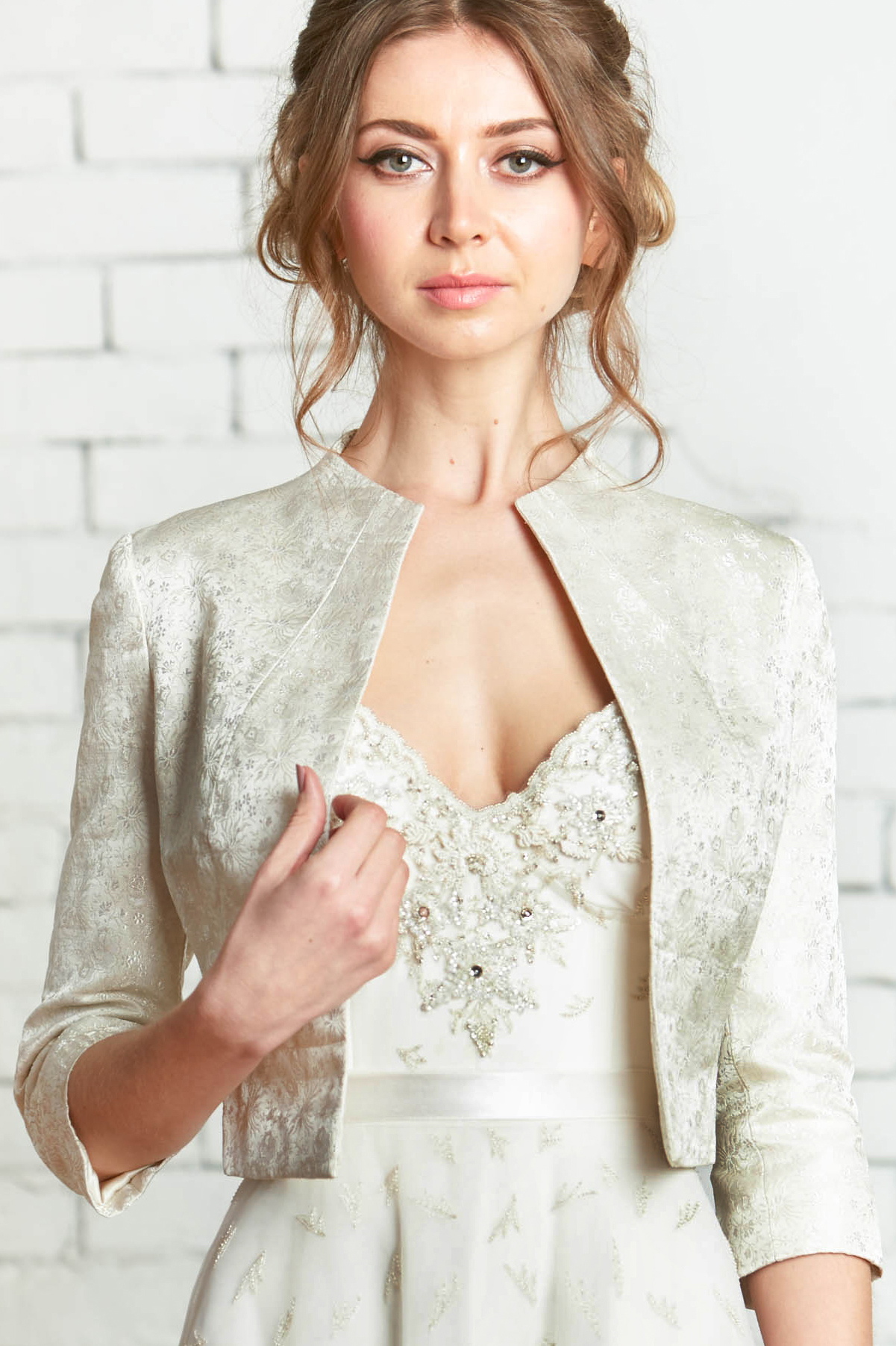 ValenciaJacket-1front_Jacquard_Wedding_Coverup_Chic_Modern_Bride.jpg