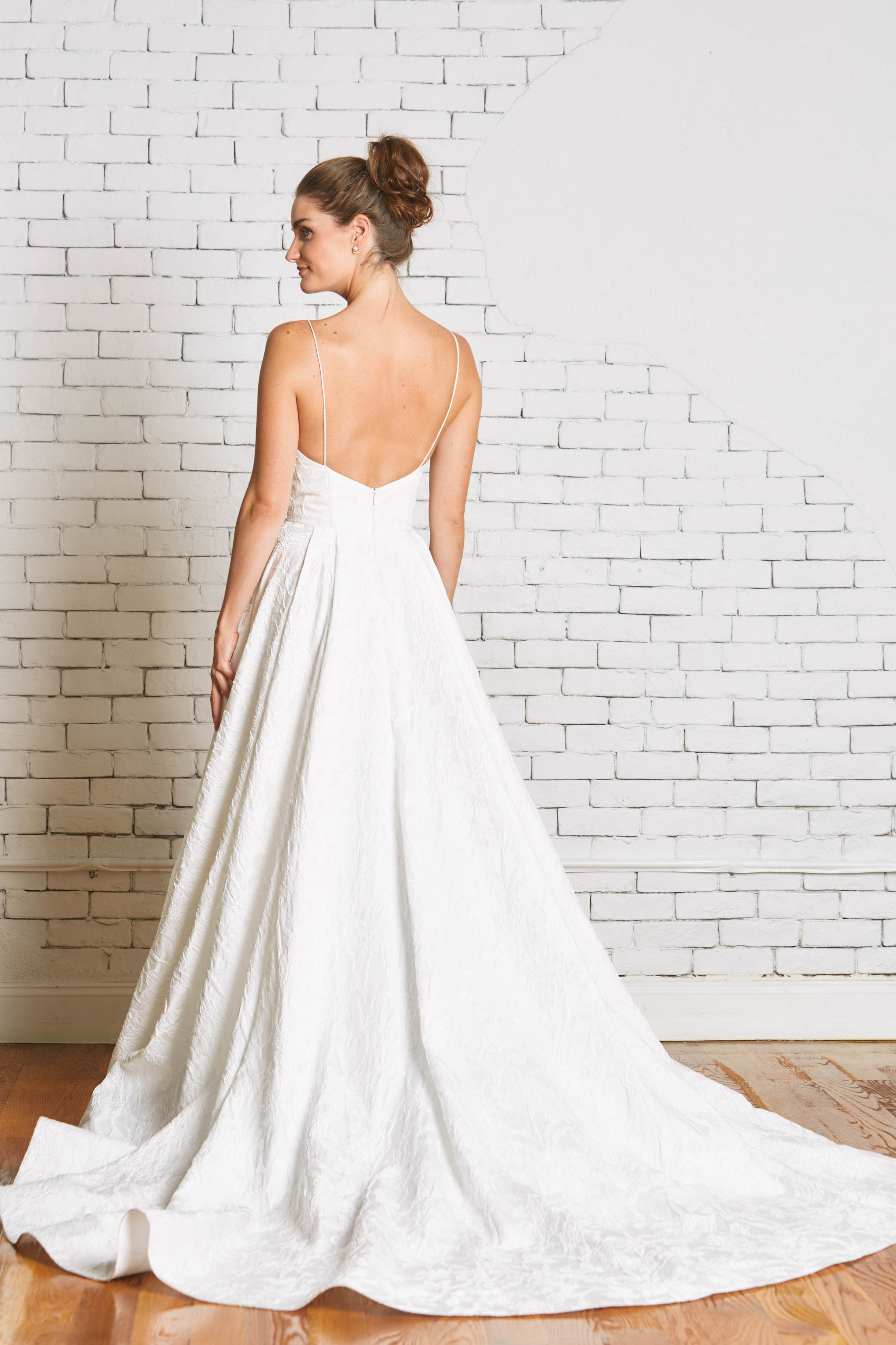 21b.Rebecca_Schoneveld_Whitney_Gown_Back-44.jpg