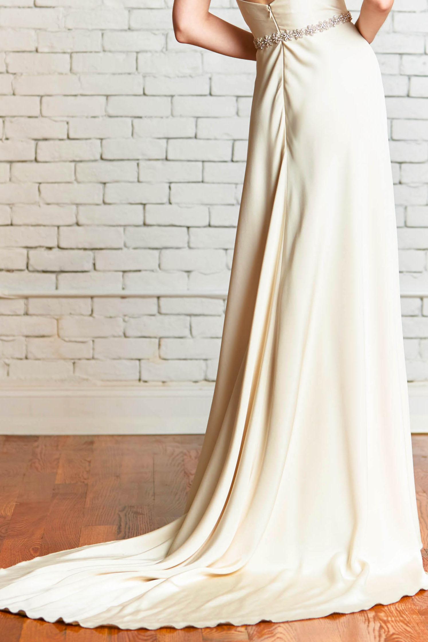 Grace_skirt-back_Modern_Bride_Clean_Silhouette_Train.jpg