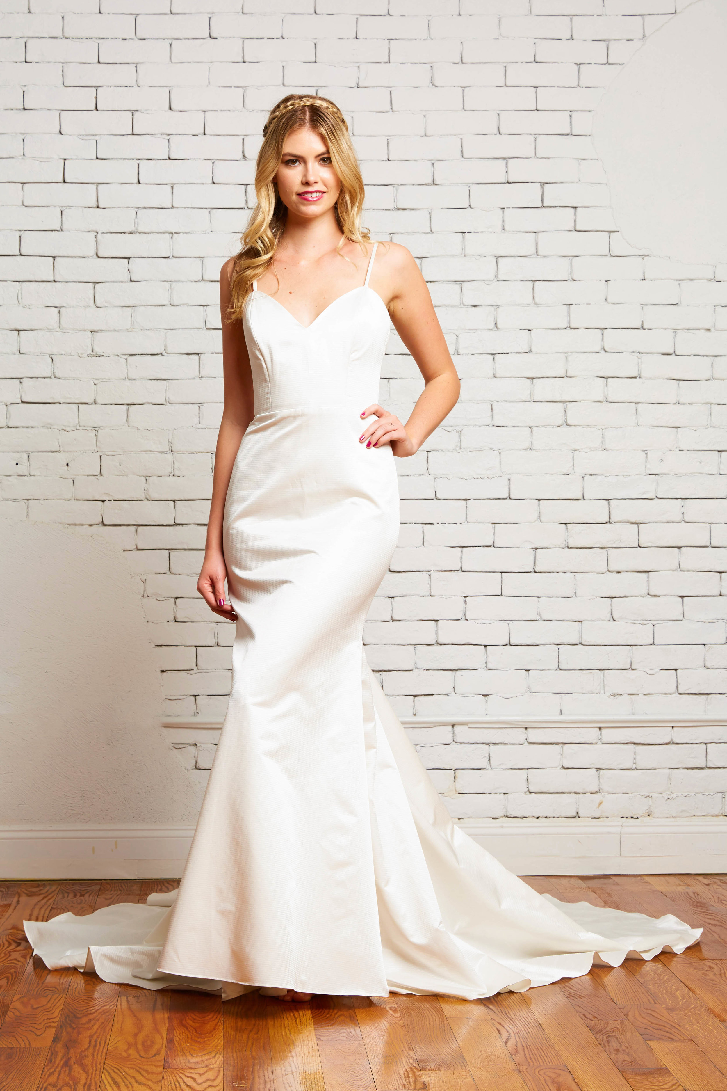 23A. Yvette Front-Rebecca Schoneveld-2-142_striped_satin_sweetheart_neckline_pleated_train_modern_gown.jpg