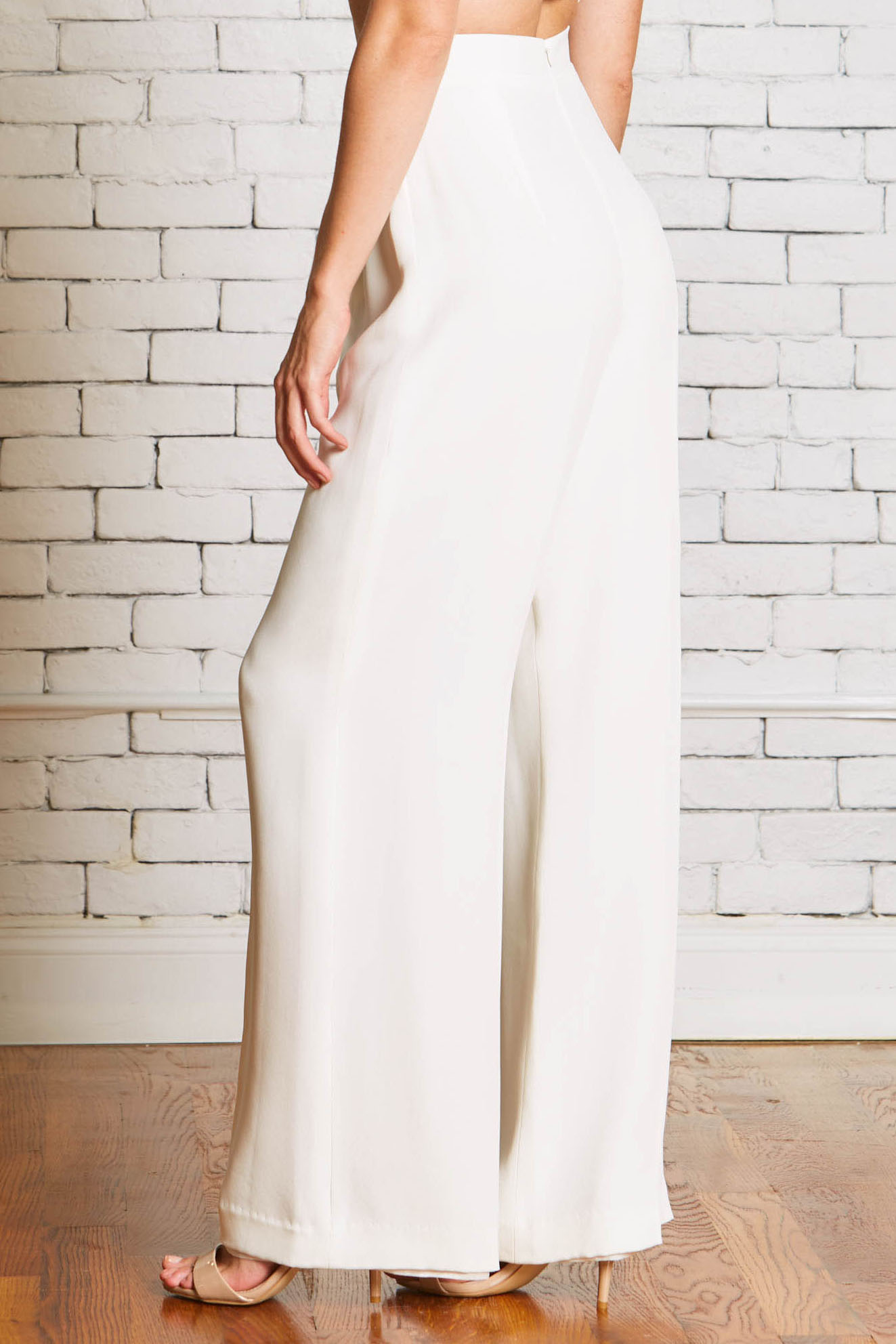 27b.Rebecca_Schoneveld_Camden_Trouser_back-Wedding_Pants_Wide_Leg_Separates_Modern_Bride.jpg