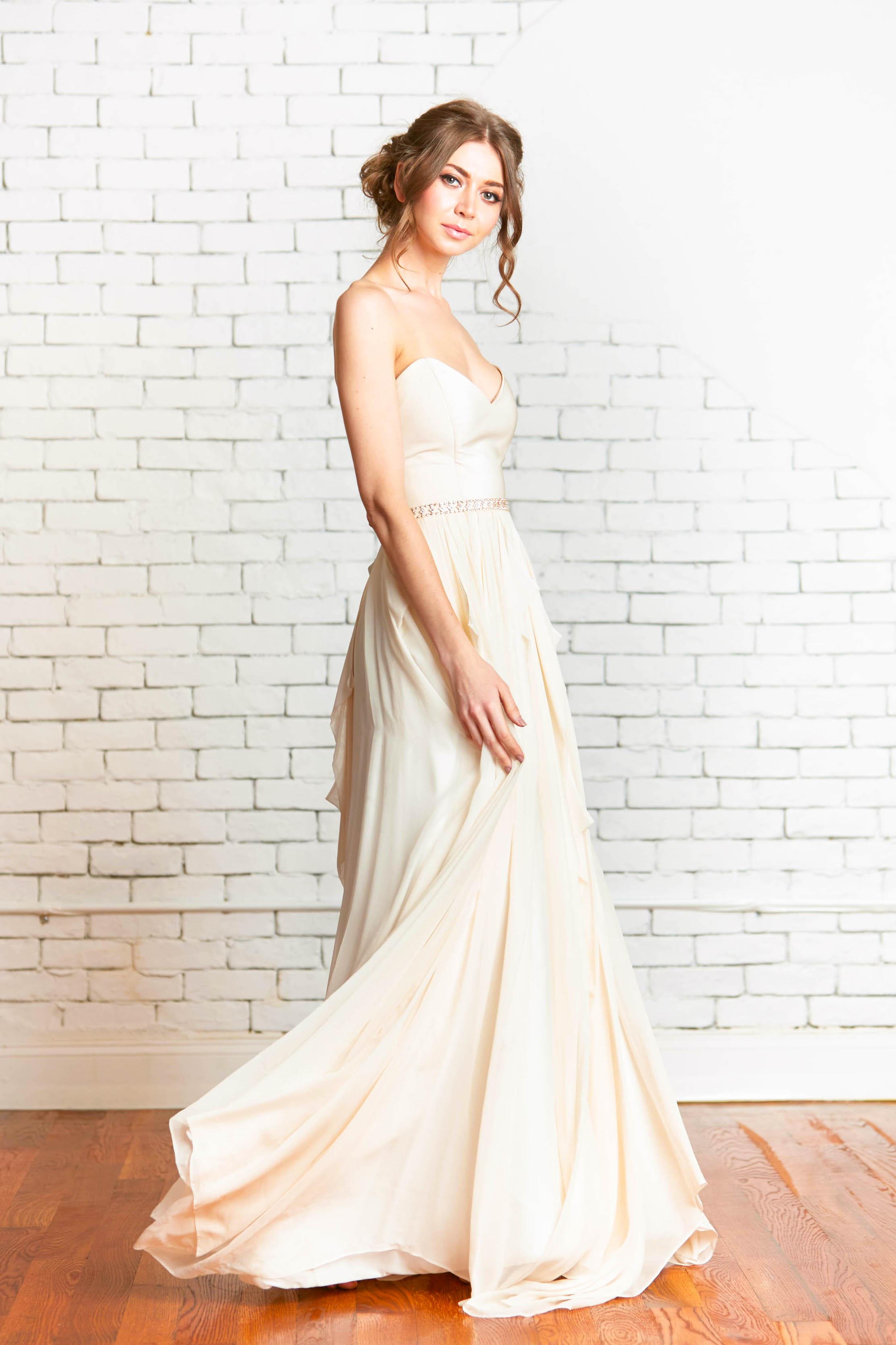 Evalyn-Sierra Gown