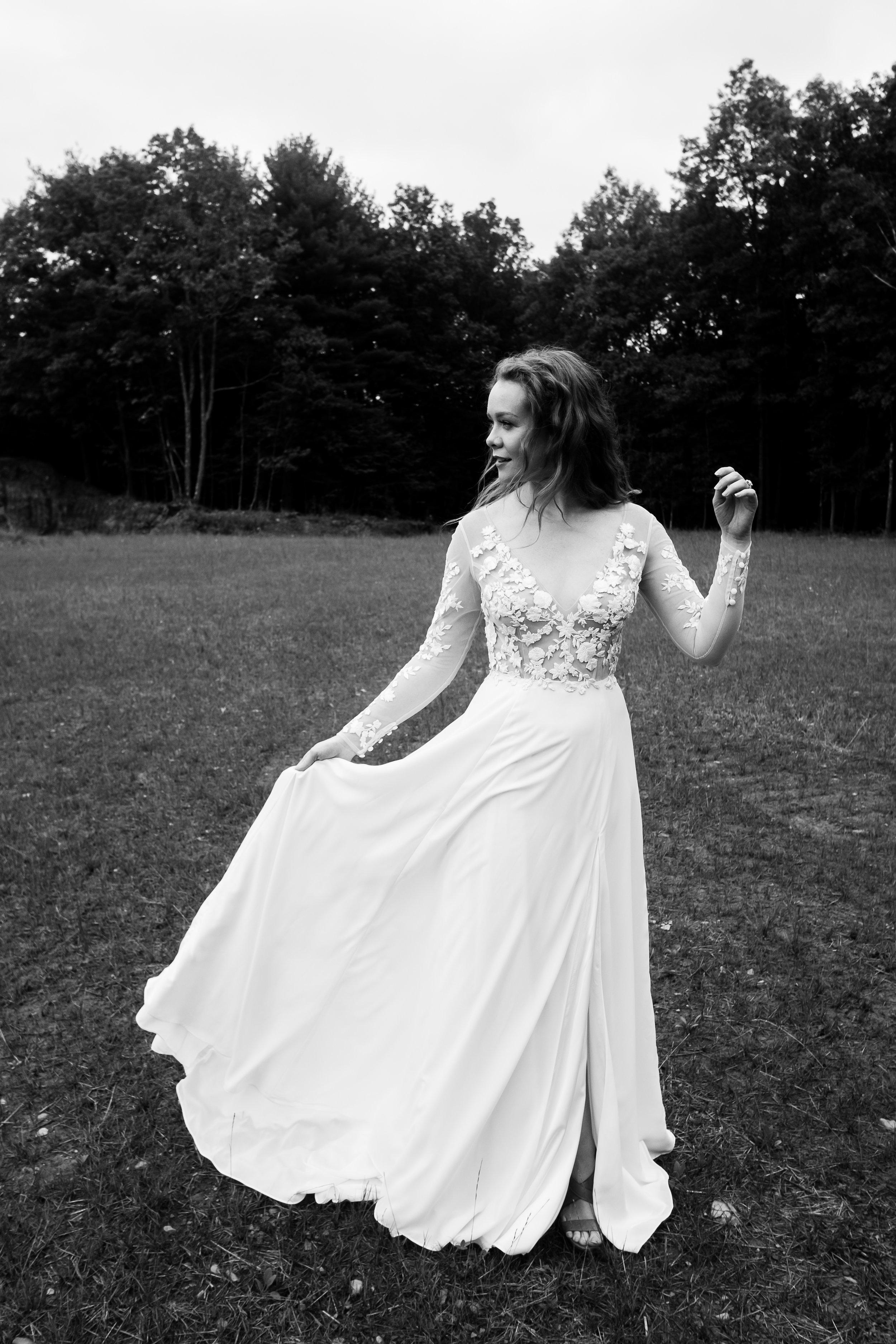 WSPCo-Gather-Greene-Rebecca-Schoneveld-Bridal-388 copy.jpg