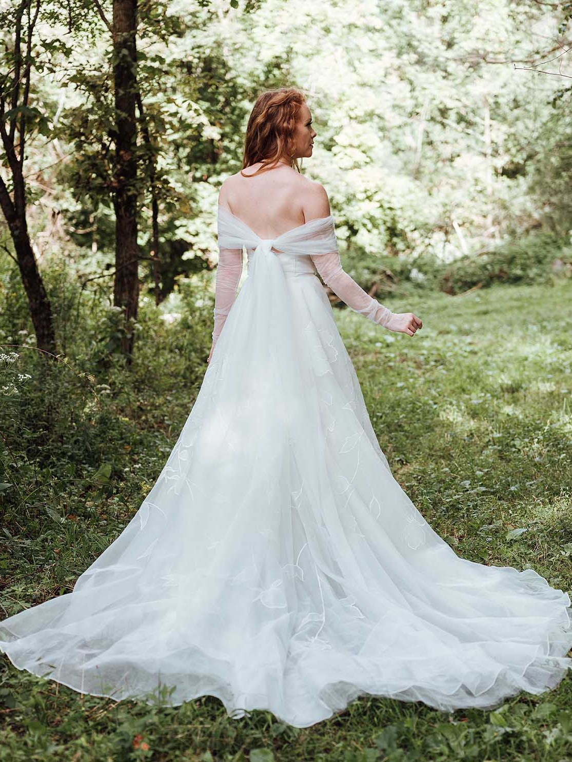 Rebecca_Schoneveld_Aurora_Topper_Tulle_Sleeves_Rumi_Gown_Romantic_Organze_off_the_shoulder.jpg