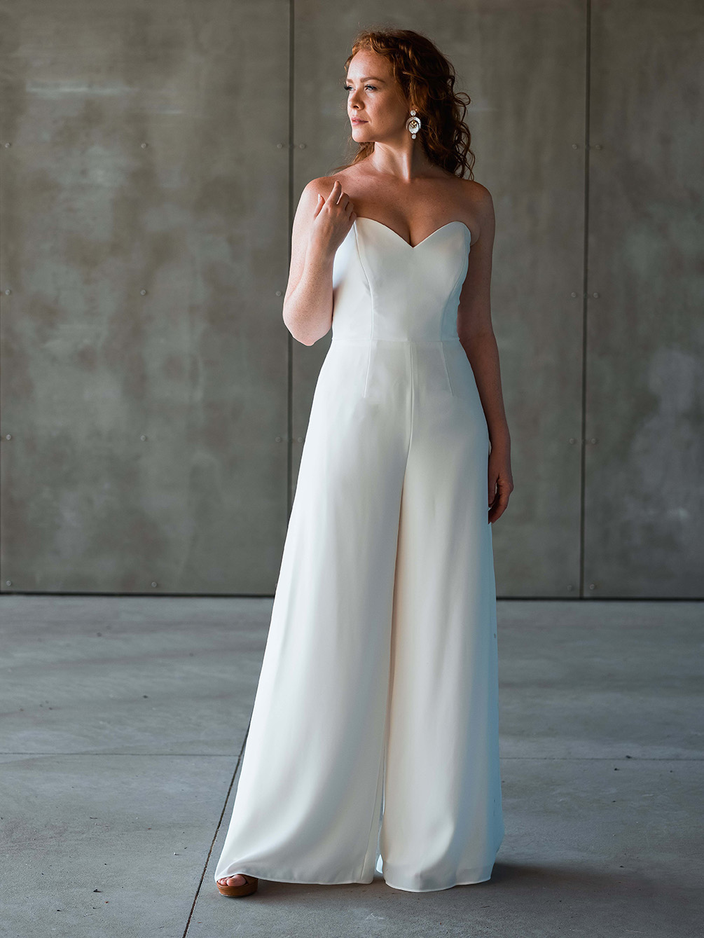 rebecca_schoneveld_owen_jumpsuit_clean_modern_sweetheart_neckline_wide_leg_4.jpg