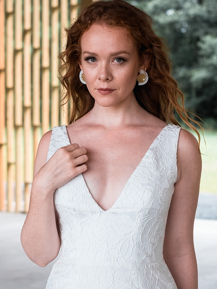rebecca_schoneveld_riley_gown_romantic_sexy_fitted_brocade_fit_and_flare_mermaid_4.jpg