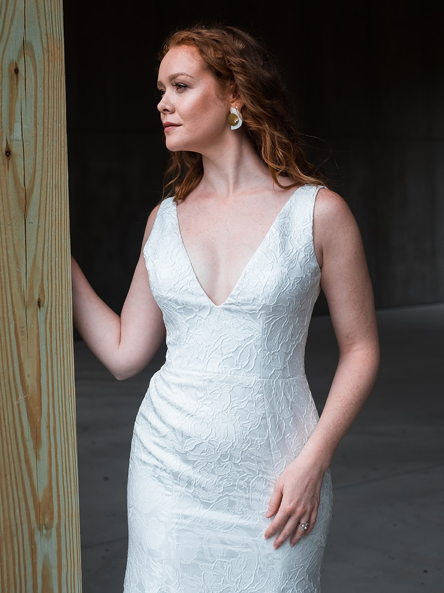rebecca_schoneveld_riley_gown_romantic_sexy_fitted_brocade_fit_and_flare_mermaid_3.jpg