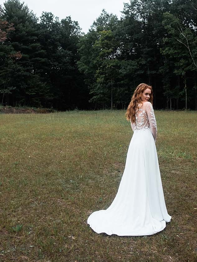 Rebecca_Schoneveld_Juliet_gown_long_sleeved_nude_tulle_embroidered_bodiec_skit_romantic_boho_6_back.jpg