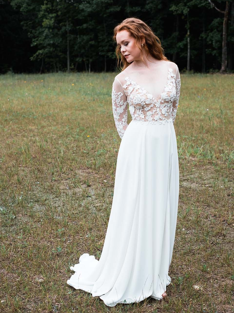 Rebecca_Schoneveld_Juliet_gown_long_sleeved_nude_tulle_embroidered_bodiec_skit_romantic_boho.jpg