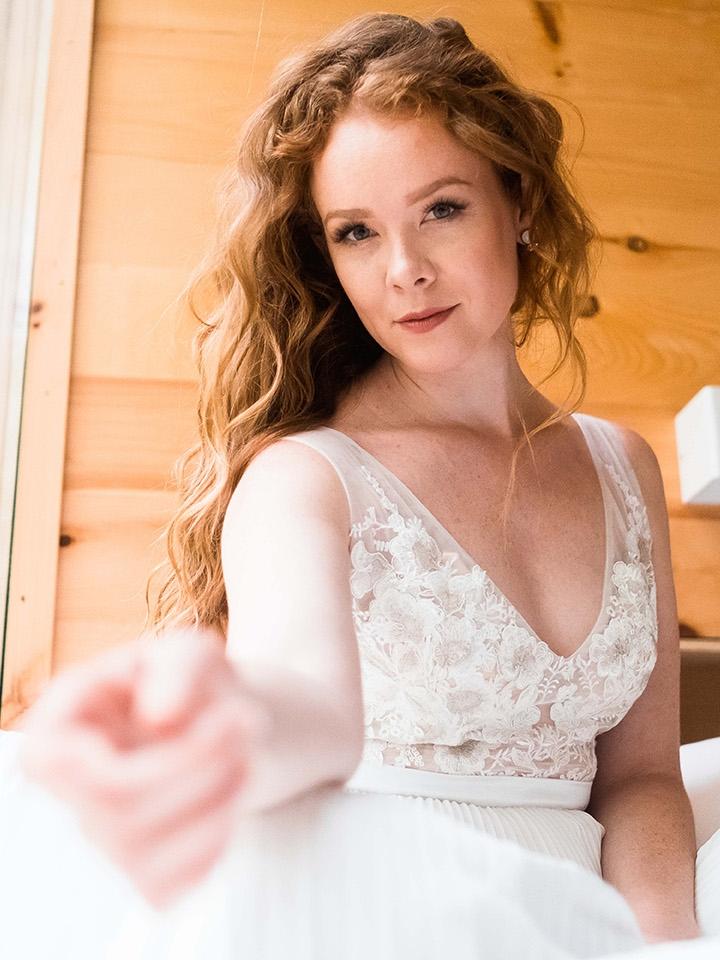 rebecca_schoneveld_quinn_gown_applique_bodice_pleated_skirt_romantic_2.jpg
