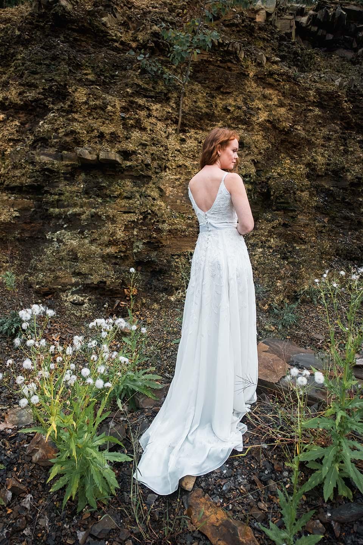 rebecca_schoneveld_kai_gown_boho_romantic_v_neck_3d_embroidery_10.jpg