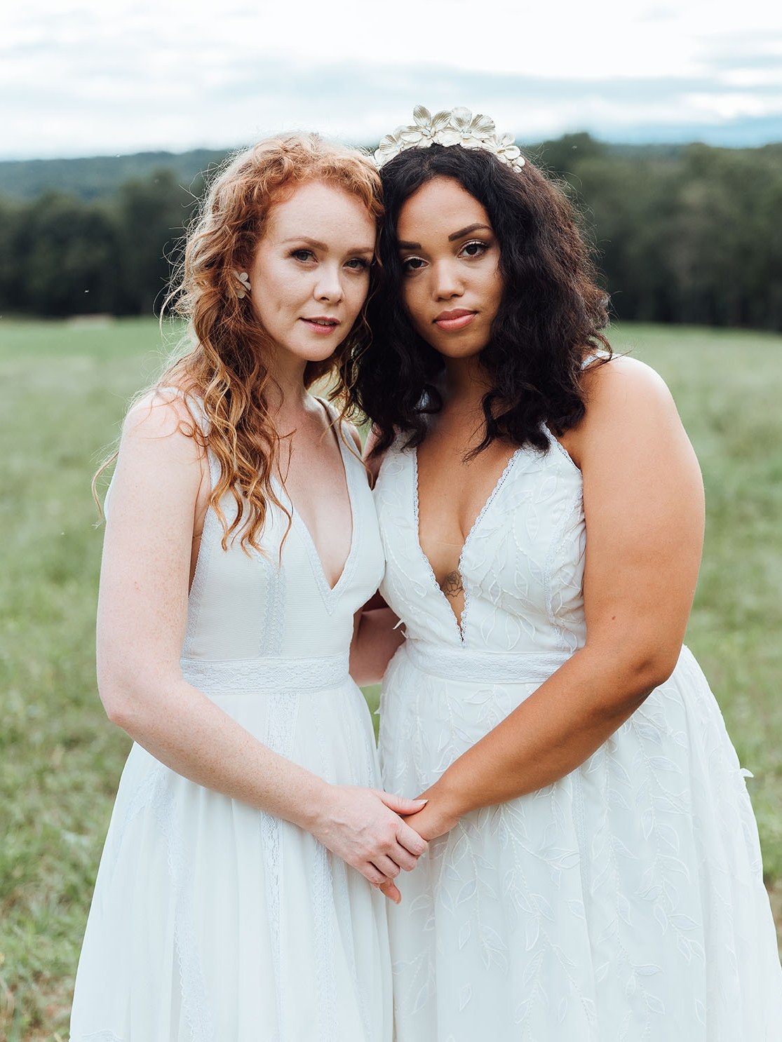 WSPCo-Gather-Greene-Rebecca-Schoneveld-Bridal-207_boho_brides_meadow_romantic_gown.jpg