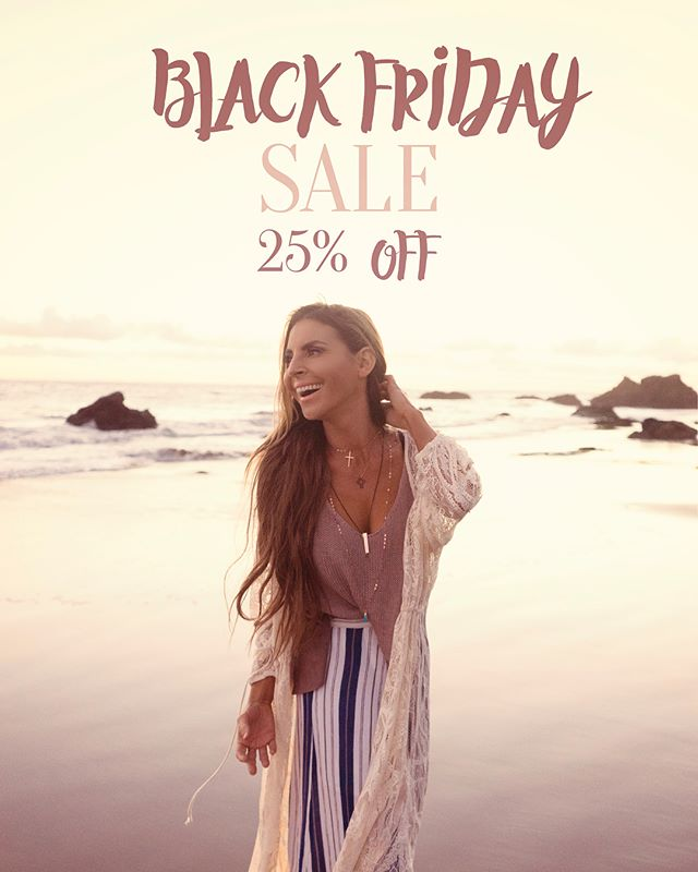 BLACK FRIDAY SALE 🖤  CODE: BLACKFRIDAY25  #onlineboutique #onlineshopping #blackfriday #25off #loveyou #gratefulforyou #happythanksgiving #jewelry #love #silver #gold #rosegold