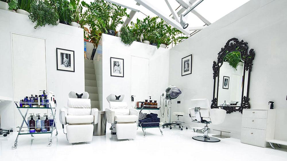 Barber-Z-Interior-2.jpg
