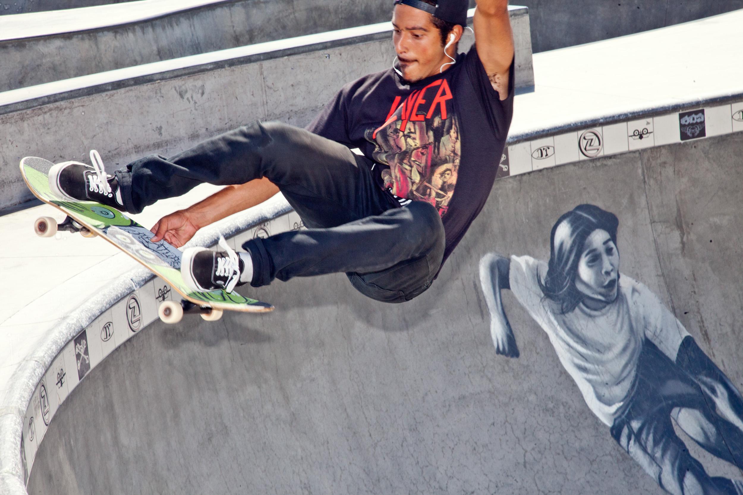 Skaters 4.jpg