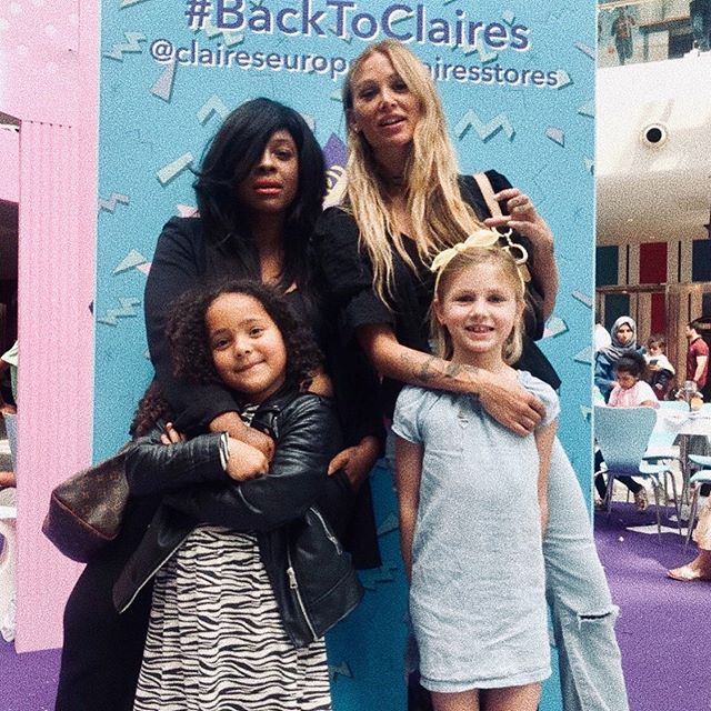 FOREVER MAMAS ON TOUR  What a lovey day @claireseurope @clairesstores thanks so much for having us CW ❤️xx  #backtoclaires