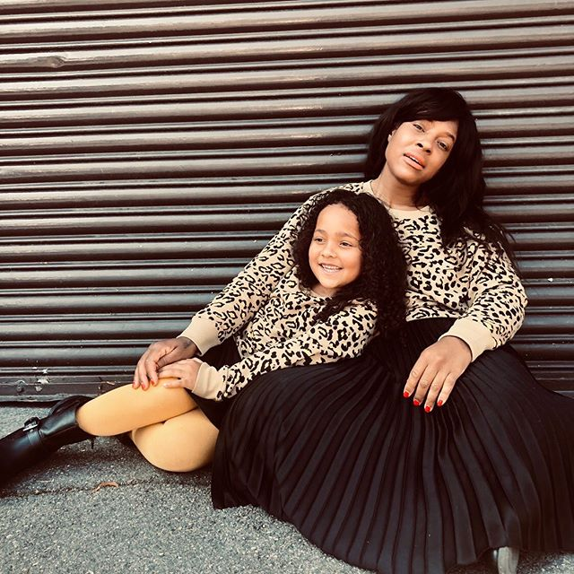 T W I N N I N G  I S  W I N N I N G ❤️ Brooklyn and I love Twinning ! It's probably one of our favourite things to do together and now it's the time to stock up on all her wardrobe essentials !  From today Thursday 29th August until Sunday 1st Sept 2019 instore and online @hm_kids will give you 20% off when you spend £40/€40 or more on kidswear ! Winning !! Check out out my stories for Brooklyn's faux leather skirt it's way too cute !! CW ❤️ xx #HMXME #hm #hmkids #ad
