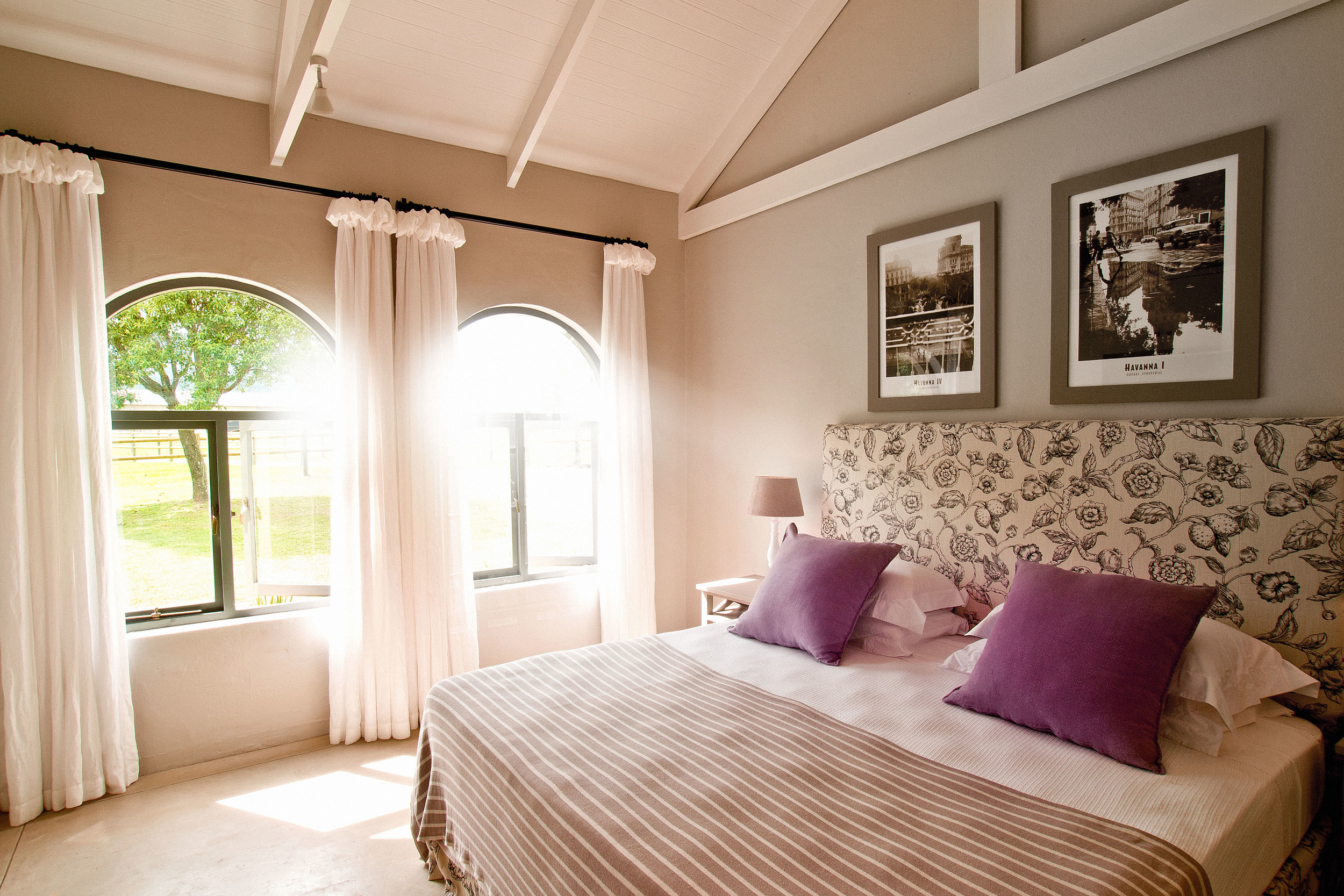 Rare Earth_Country House_Bedroom.jpg