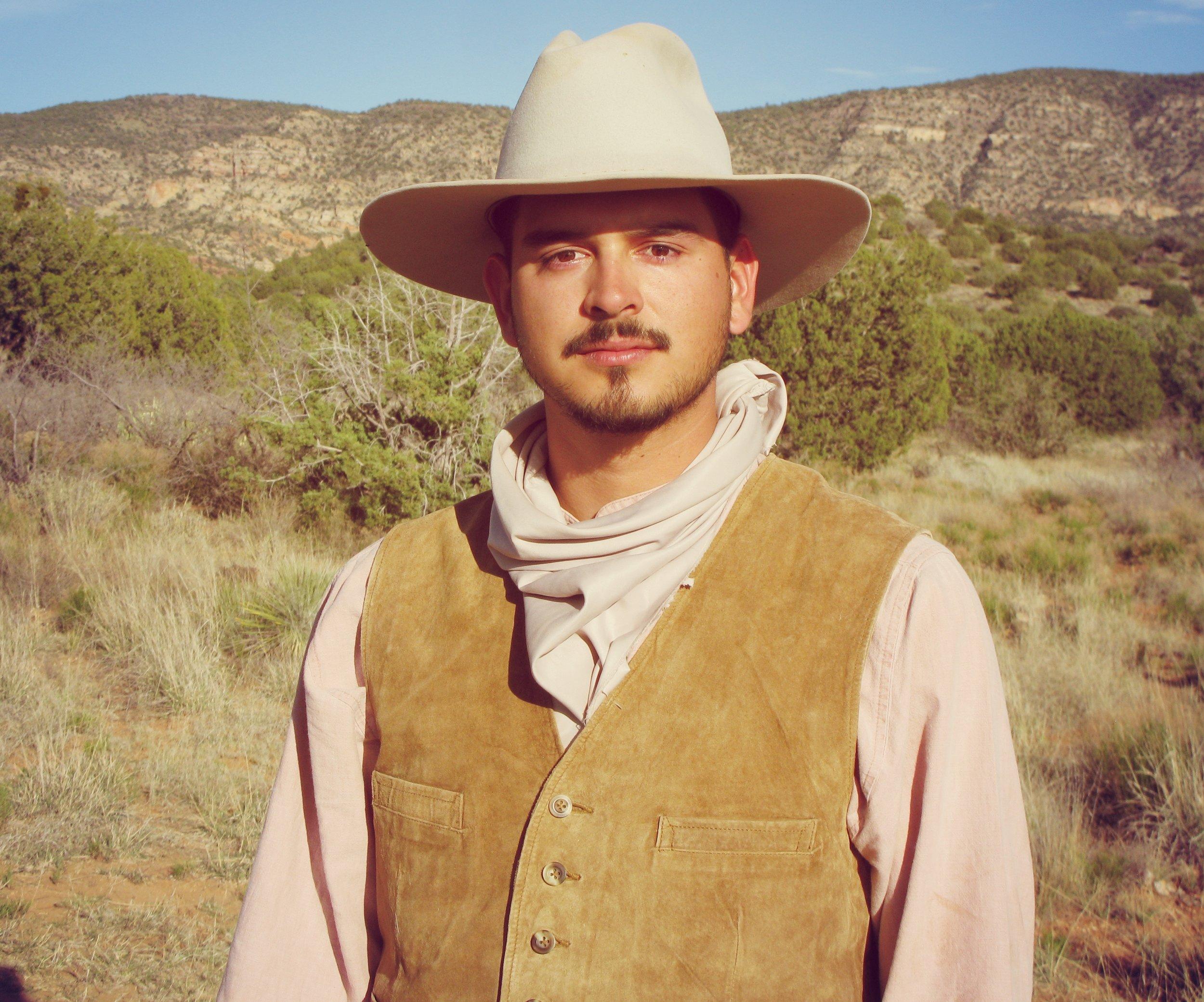 Brandon Gomez as Ricky