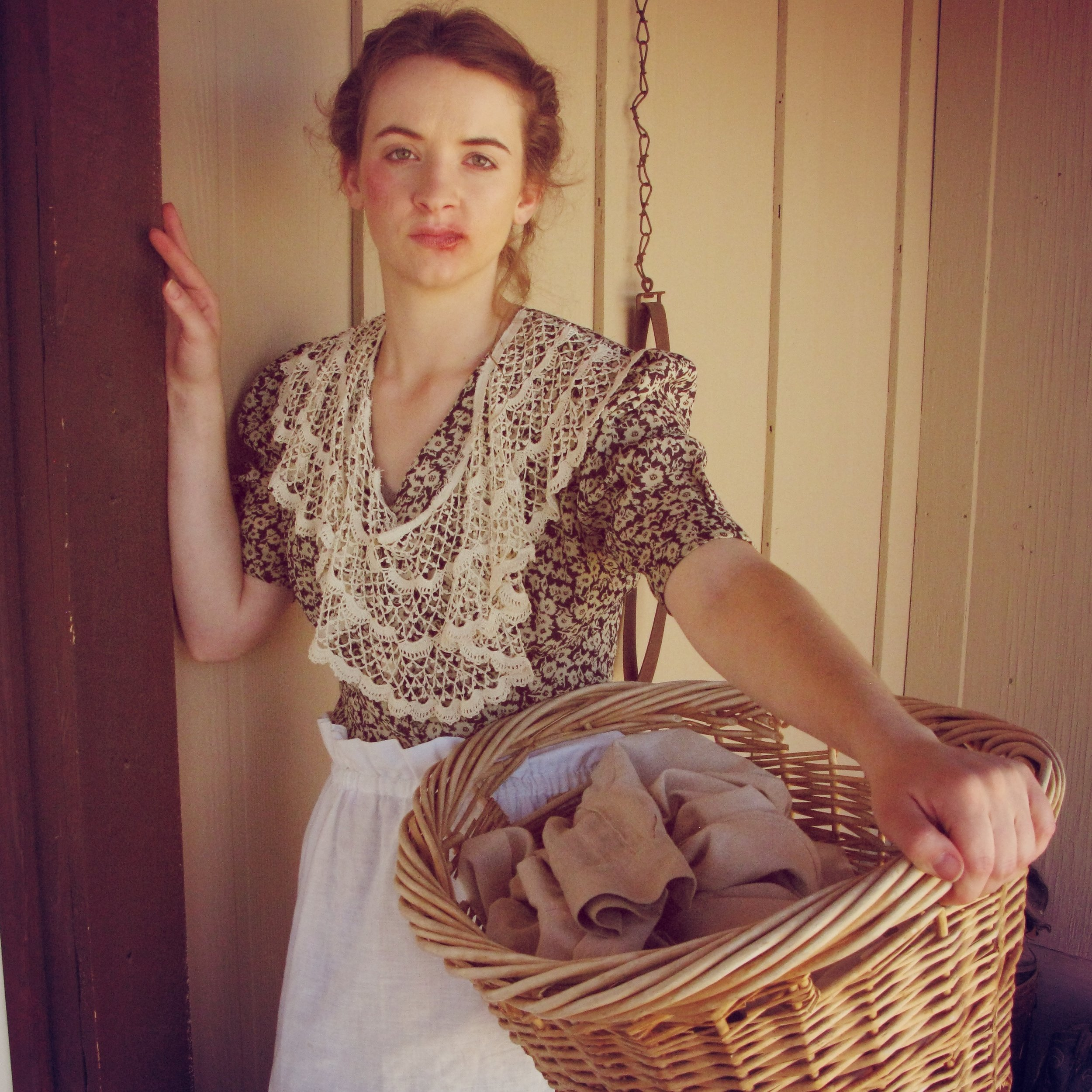 Sarah Berg as Eve Lockhart in Vermijo