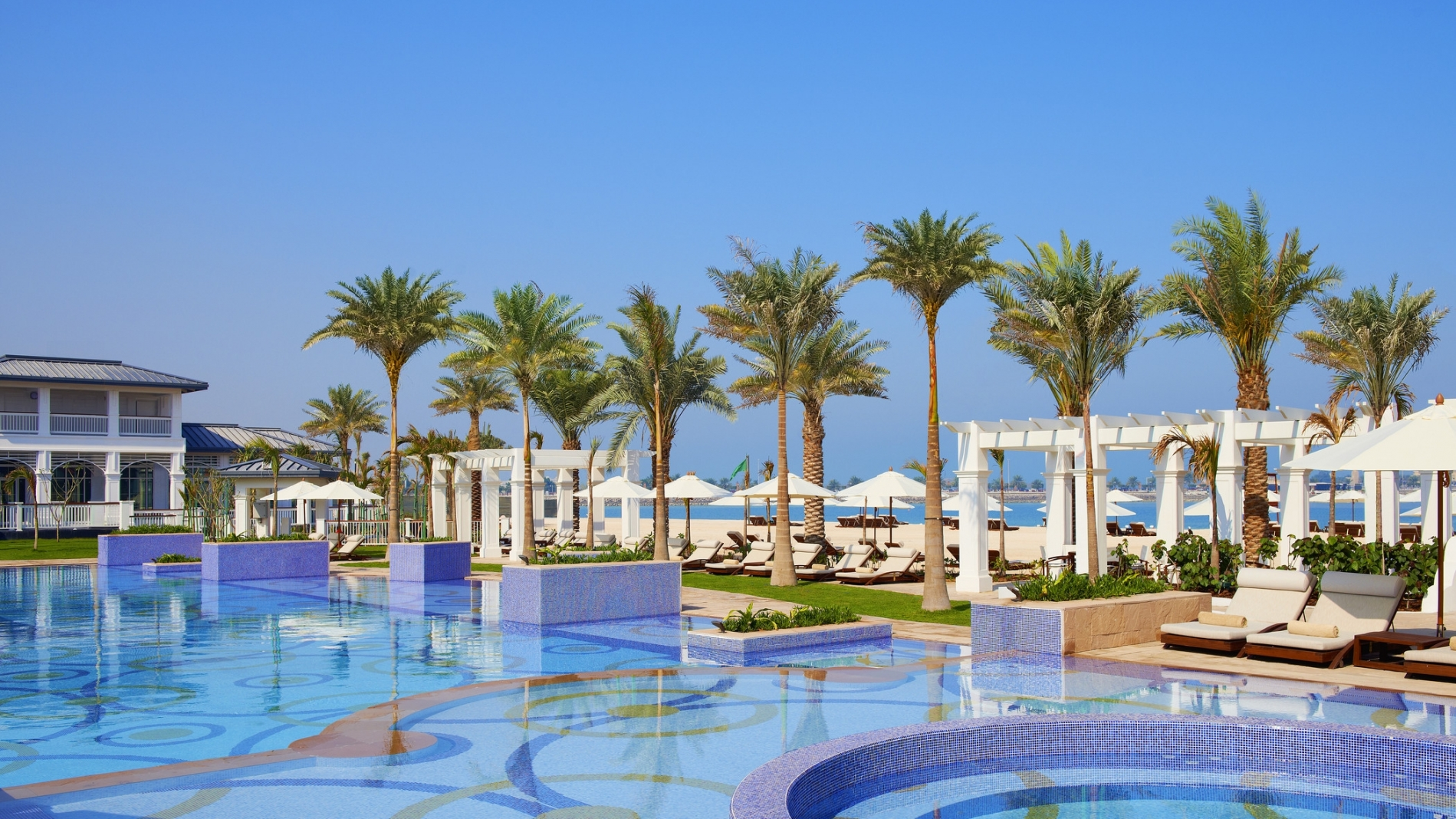 Nation Riviera Beach Club, St. Regis Abu Dhabi