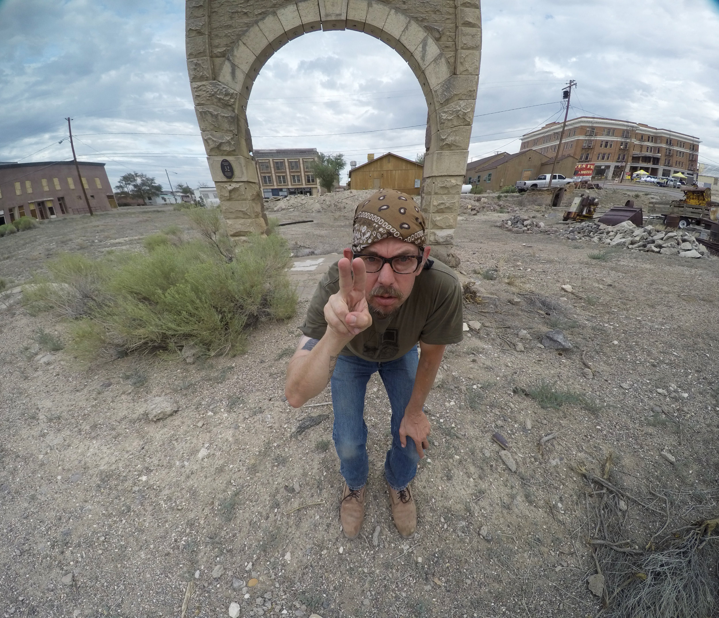 Eric Rife at Goldfield Arch. Photo: Eric Rife