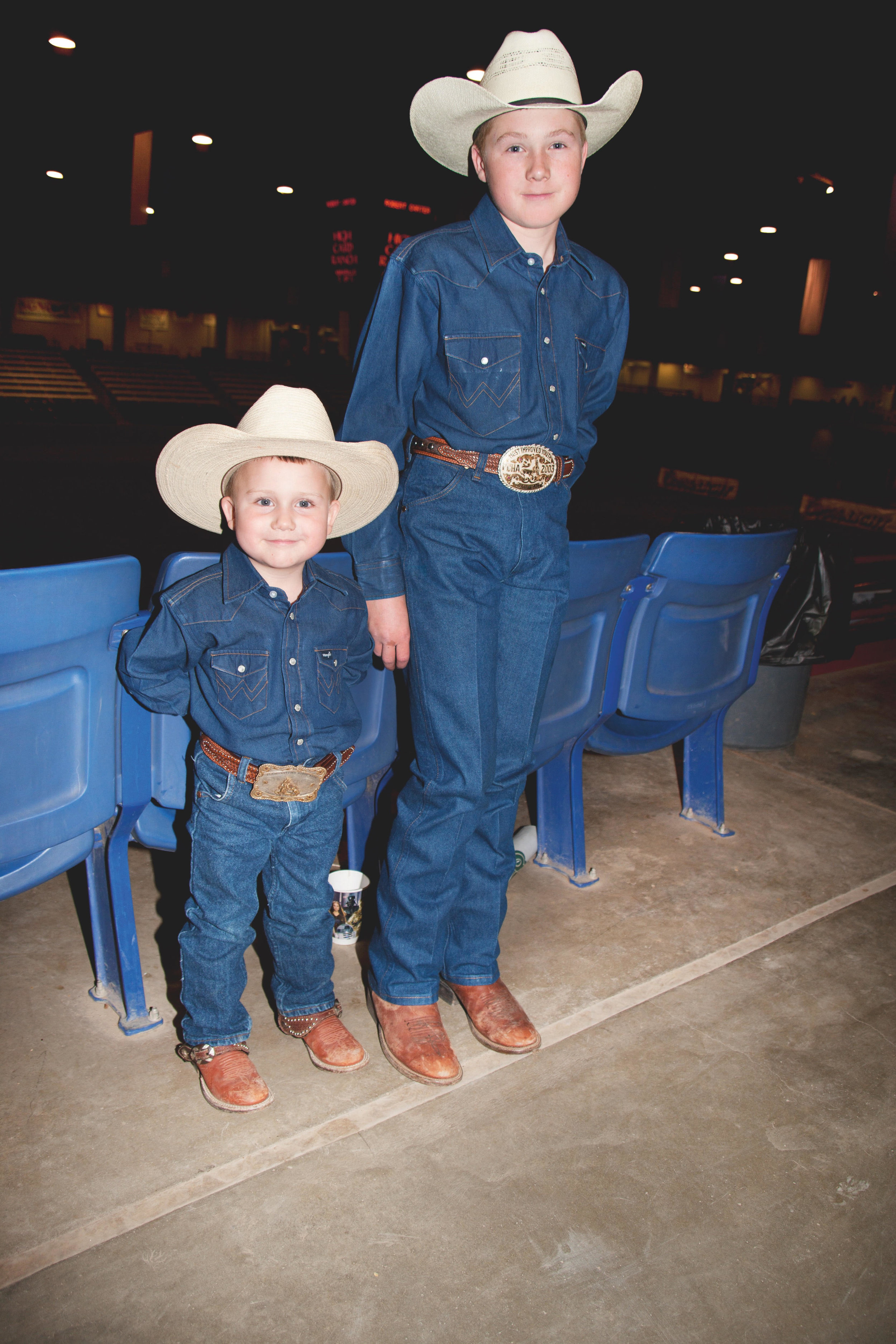 "Cash and Rodder.""Somewhere in Texas,"" Pop magazine.Texas, 2005.© 2017 Alice Hawkins"