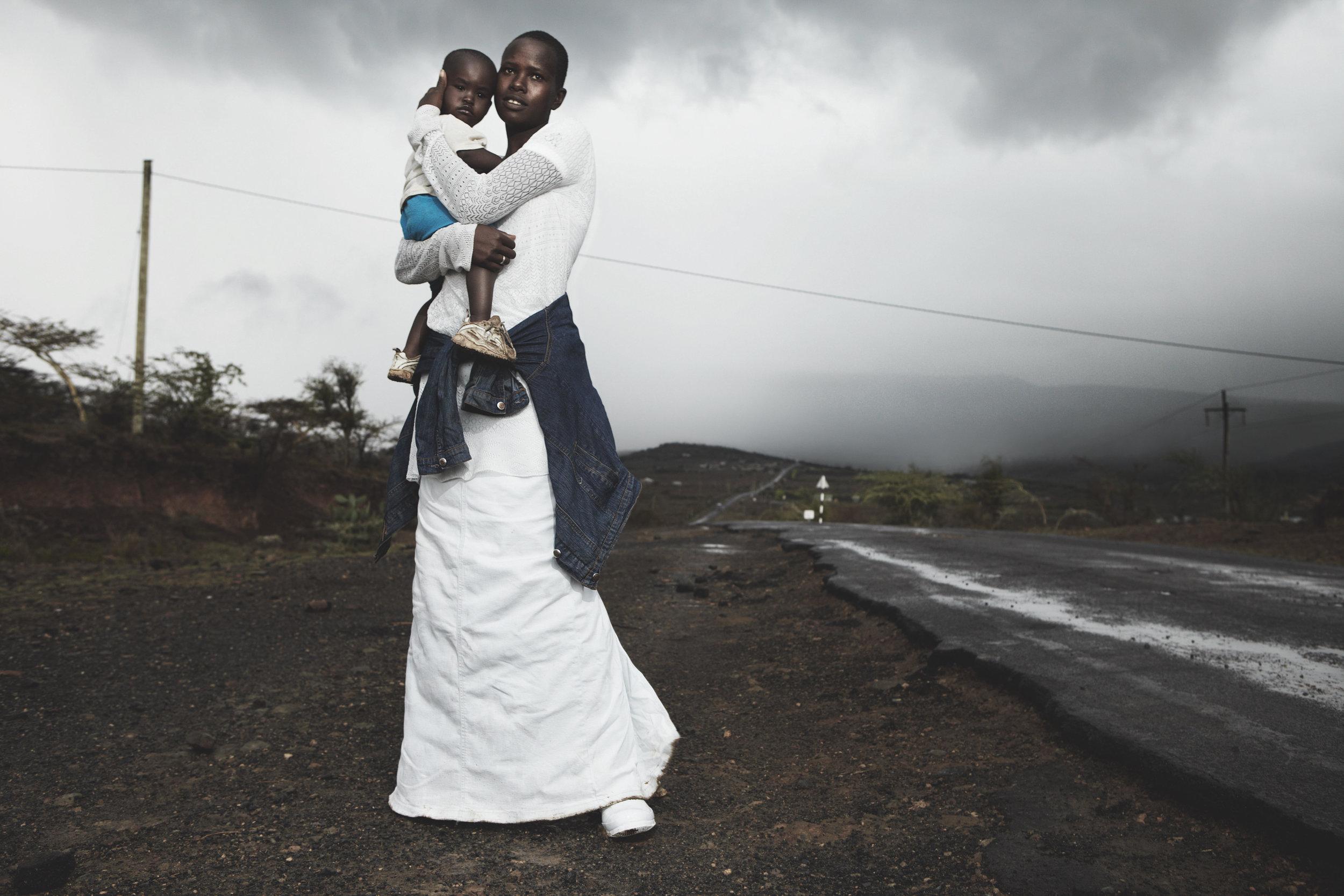 Dorris Metian and her baby daughter, Mildred. Nairobi.© 2017 Alice Hawkins