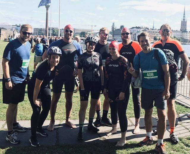 Starka och stolta! Vi hurrar våra grymma kollegor som gjorde en kanonprestation i helgens triathlon 🙌 #kulmedkollegor #starkakollegor #alltidframåtmedglädje #nyautmaningar #igenigenigen