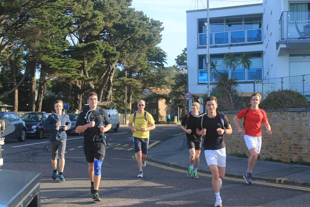 The run in to the chain ferry - 9.5 miles