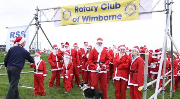 Getting Ready for the Santa Fun Run at Badbury Rings