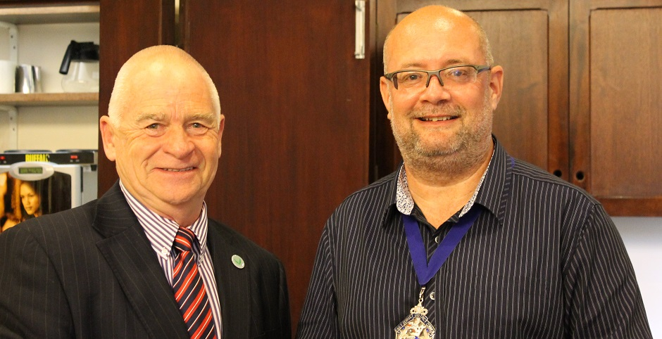 Cllr Steve Lugg, Chairman of East Dorset District Council right, with Pete Thornton.