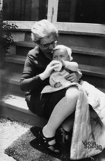 Neva Boyd with Paul Sills, 1928