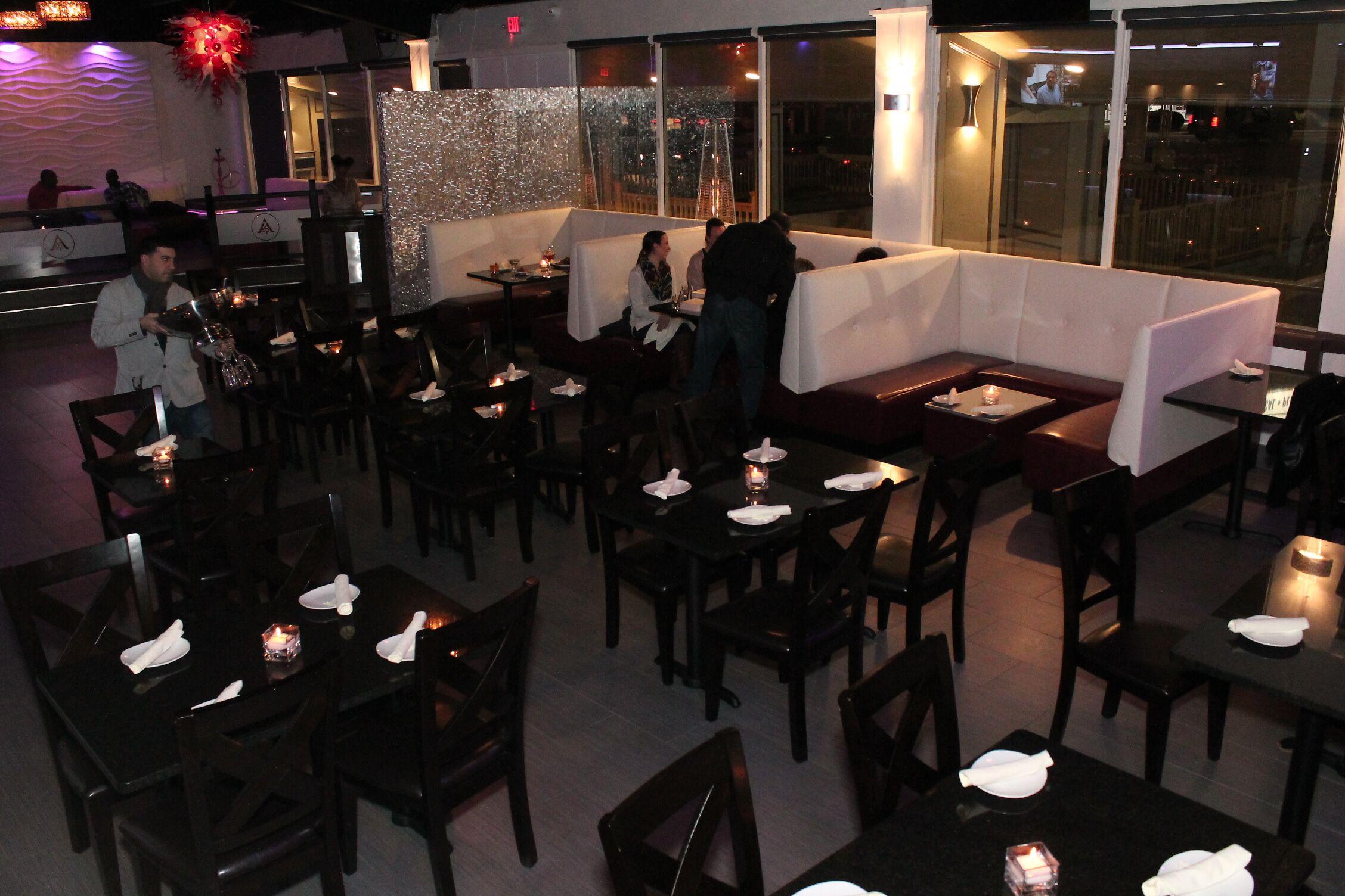 dining area 2.jpg