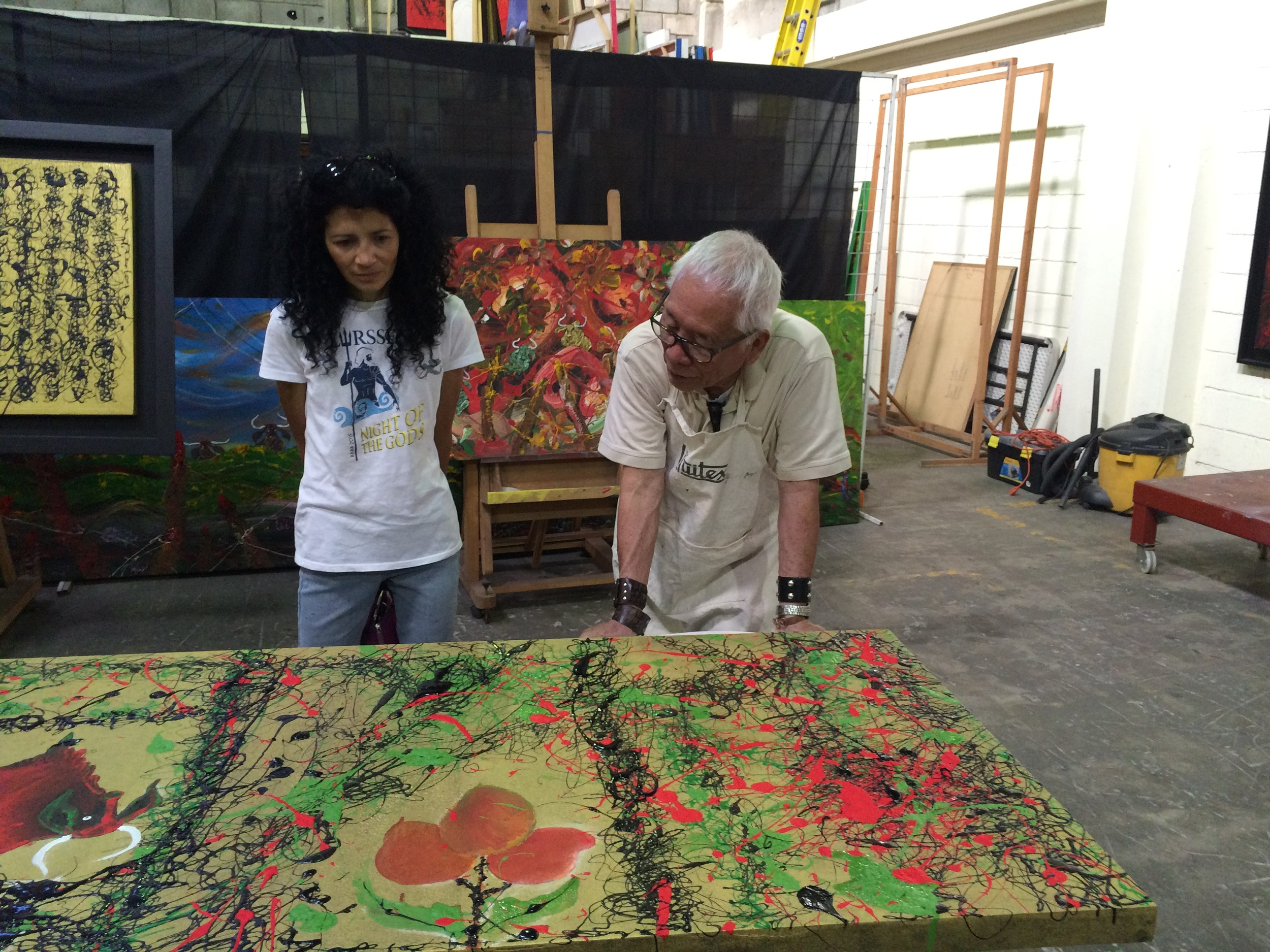 Isidro con Wong chats with Martha Espinoza about a work in progress.