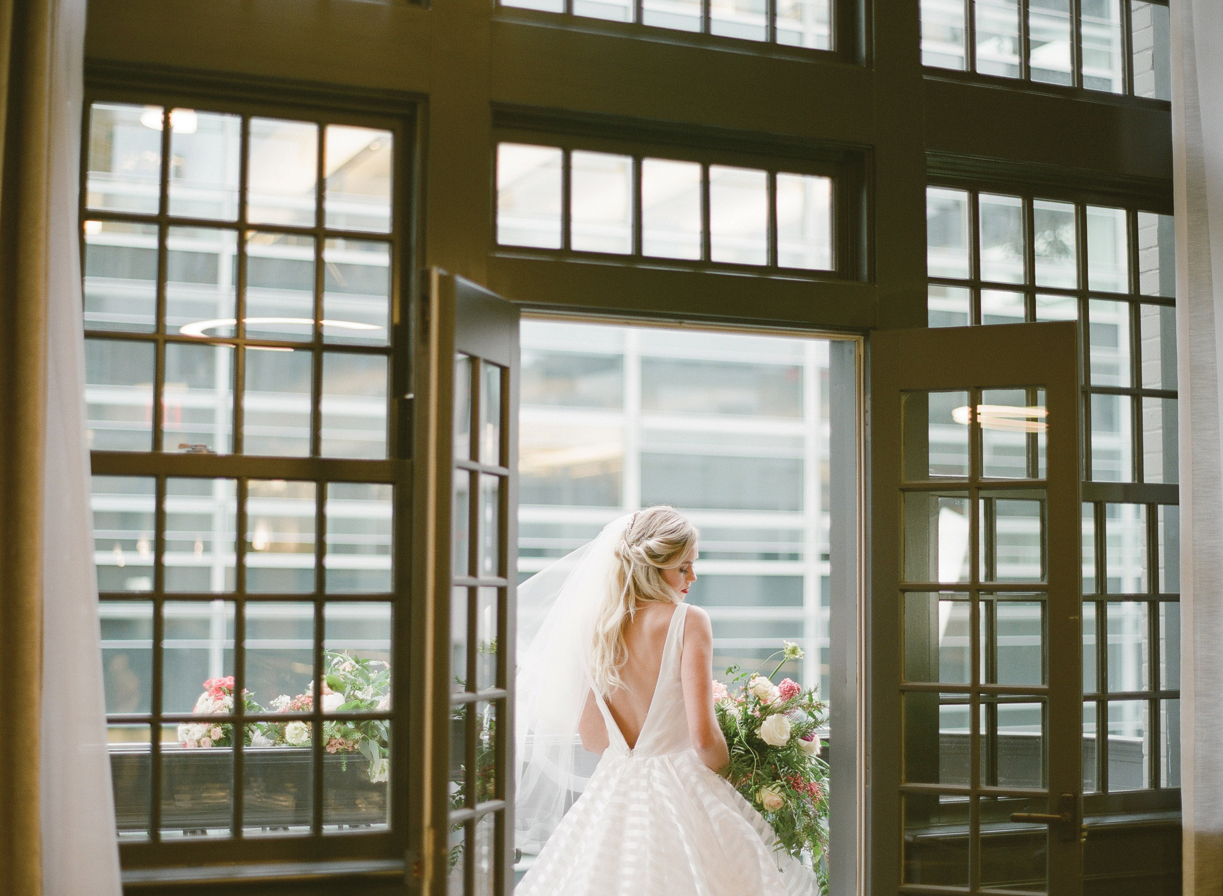 HW Bridal Shoot-120-copy.jpg