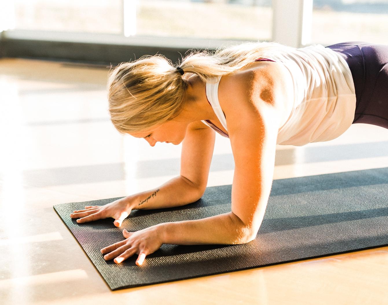 Power Yoga-69.jpg