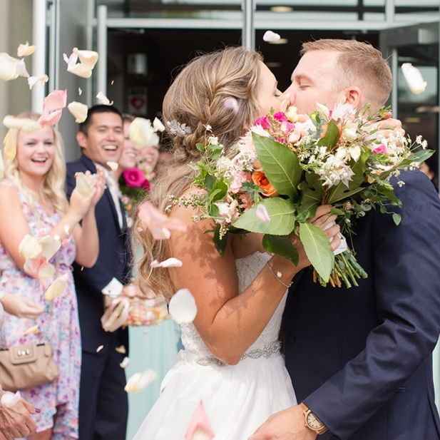 Abbie + David - Get color ideas from this bright spring wedding!